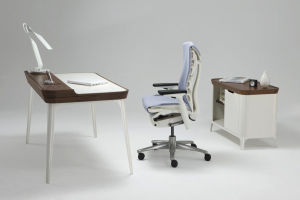 Airia Desk with White Tabletop, Wood Pattern Frame, and White Legs featured with other furniture