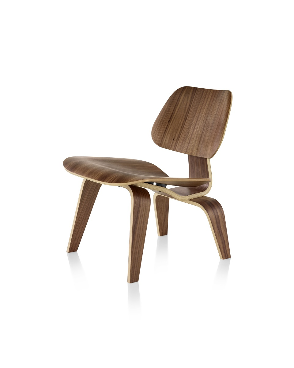 Eames Moulded Plywood Lounge Chair with wood pattern