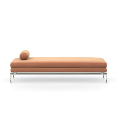 Tacao Brown Suita Daybed with Metal Legs
